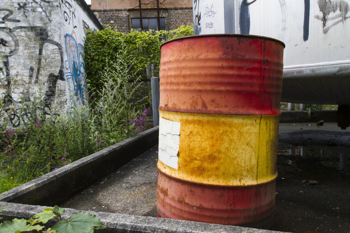 leaking drum salvage overpack